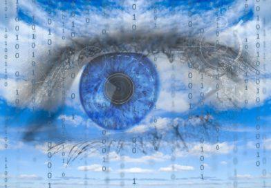 webkamera, online oktatás, naih